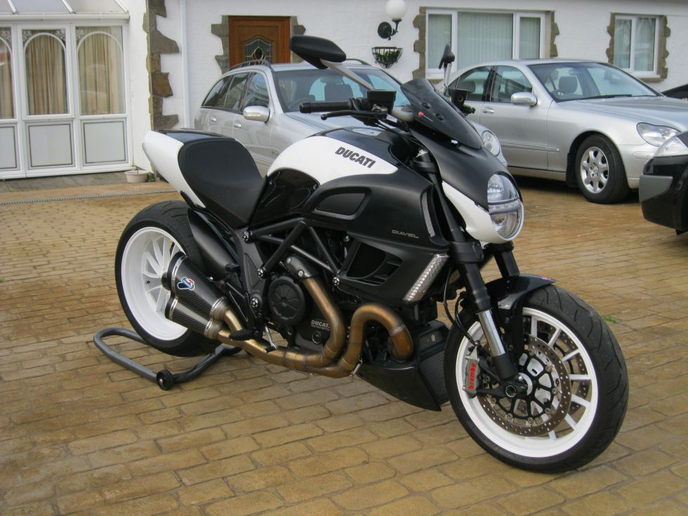 Ducati Panigale 1200cc >> Freewheeler Autos - other cars and motorcycles